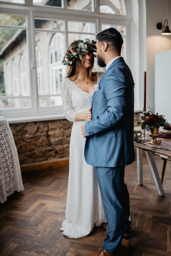 Wedding Styled Shoot Purple Rain im Walis Café in Minden